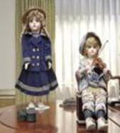 ドール人形